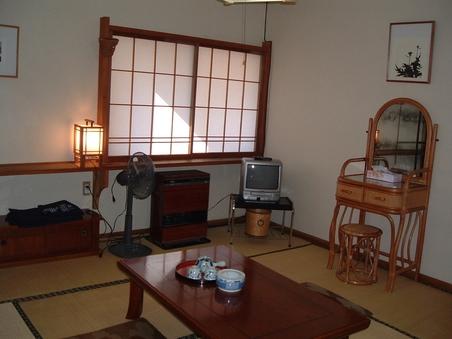野菊(和室8畳)