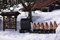 桧枝岐村の厳しい冬の歴史の象徴・大切に守られている六地蔵