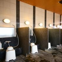 男子大浴場 洗い場