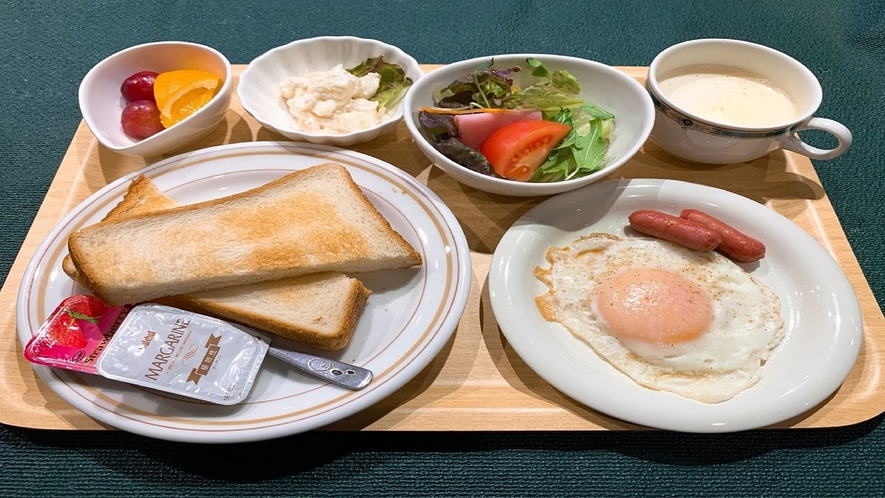朝食 洋食 650円