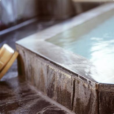 『最大21時間ステイ【朝食付】』〜諏訪湖畔でかけ流しの温泉と和室を楽しもう
