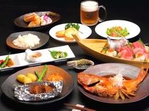 地魚の船盛りや金目鯛の煮付けなど、伊豆を感じる料理に仕上げました♪