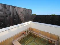 露天風呂付きメゾネット和洋室(203室) 露天風呂