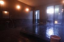 自慢の大浴場