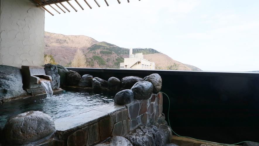 特別室-大黒天の間--箱根の四季を感じられる特別室専用の展望露天風呂