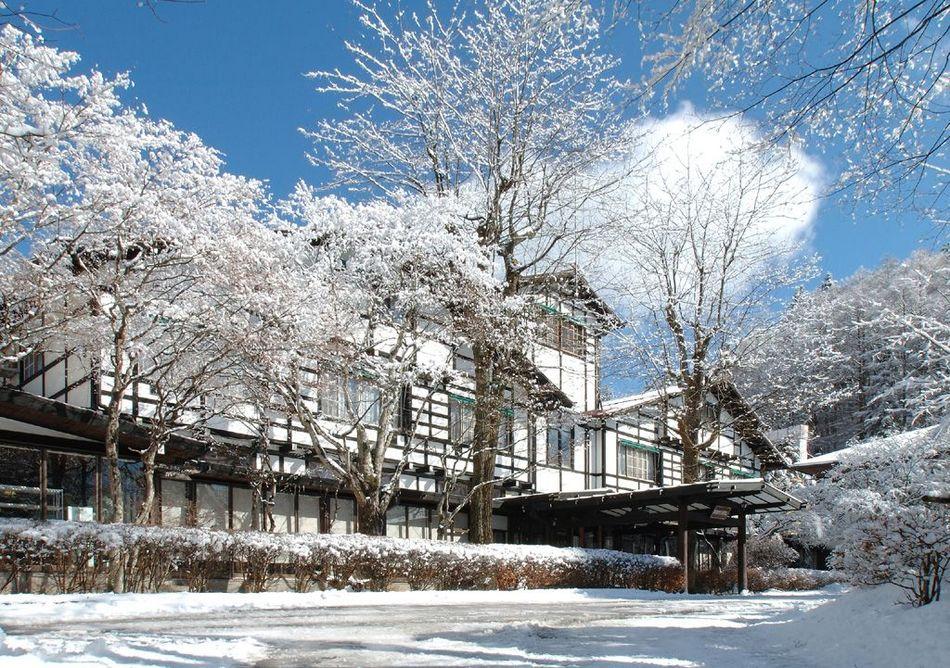 ホテル外観・冬
