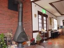 暖炉のある玄関