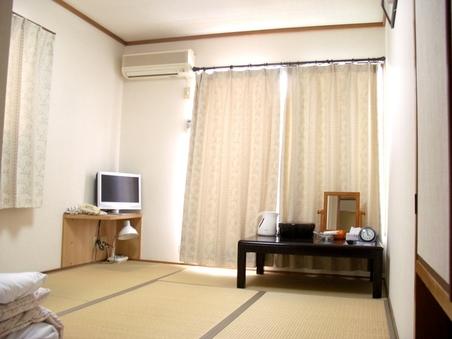 【禁煙】【家庭的なおもてなし】和室6畳(バス・トイレ付)