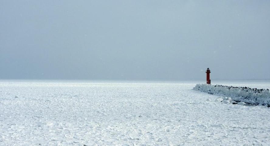鱒浦漁港の流氷
