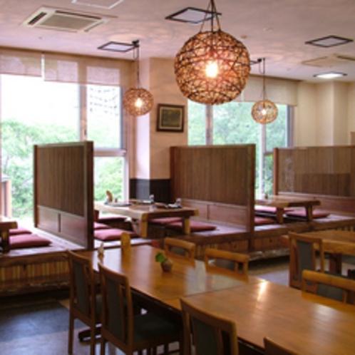 和風レストラン「こもれび」