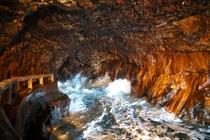 三段壁 洞窟