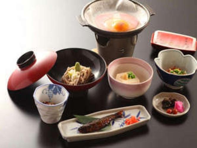 ご朝食の一例です。しっかり食べて、ステキな一日を!!