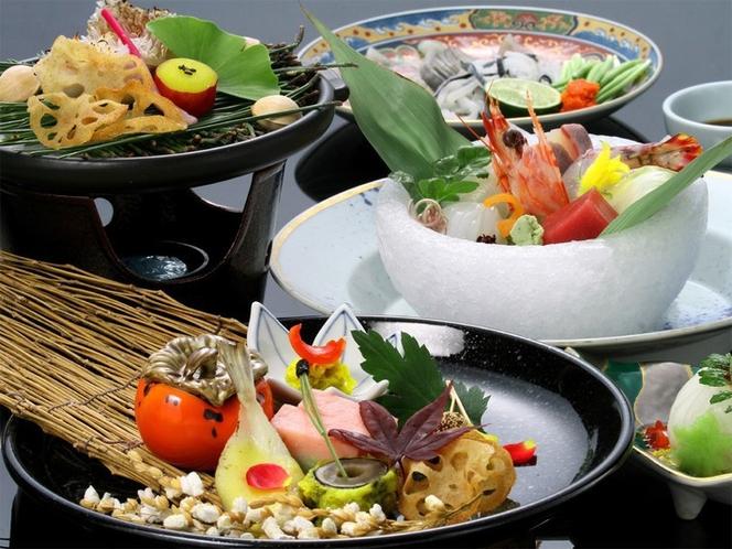 萩ブランド「長萩和牛」や萩・日本海の旬の味覚など、料理長厳選の食を味わう特選会席。(イメージ)