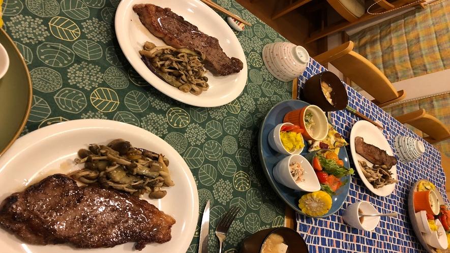 帯広八千代ユースホステルの人気の十勝産牛のステーキ