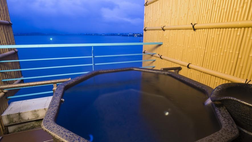 【天空フロア】 客室露天風呂一例