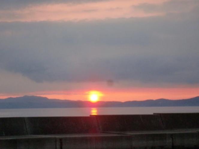 ホテルから見た夕陽