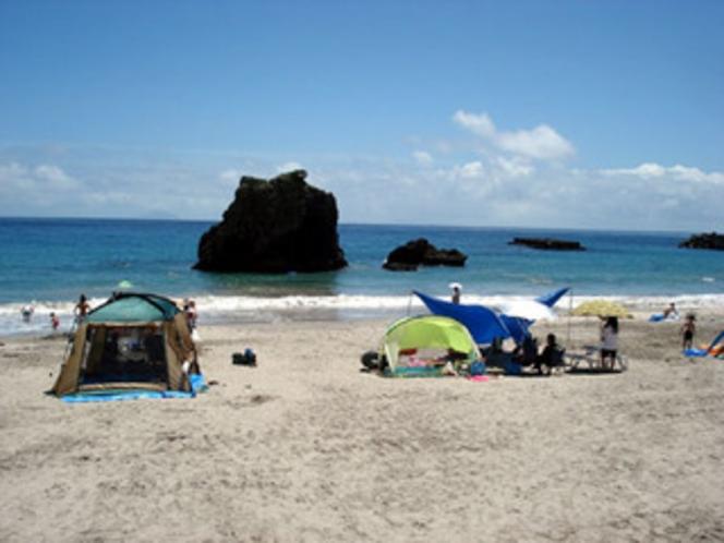 田牛(とうじ)前の浜