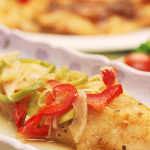 夕食にお出ししている魚料理になります