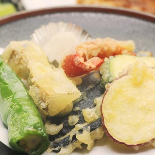 夕食にお出ししている天ぷらになります