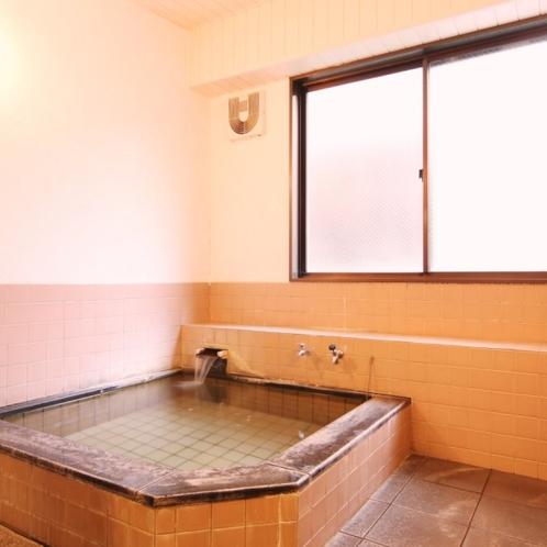 当館のお風呂になります。旅の疲れをゆっくり癒してください