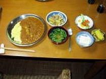 夕食例(インドカレーメイン)