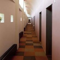 客室の通路 全室南向きでご用意しています