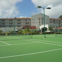 無料テニスコート(日中に限る)