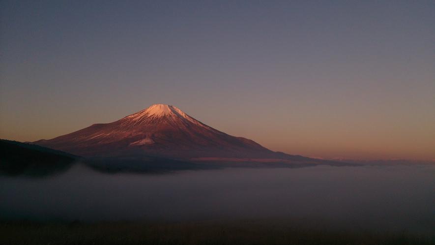 雲海と紅富士!
