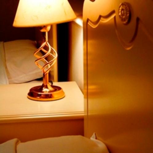 ●ベッドルーム一例(夜)