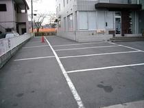 スマイルホテル駐車場(敷地内)