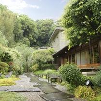 四季を感じられる庭園