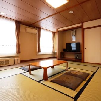 和室13〜15畳(バス・トイレ付)