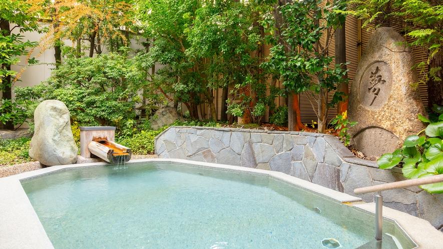 大浴場「古代檜の湯」露天風呂