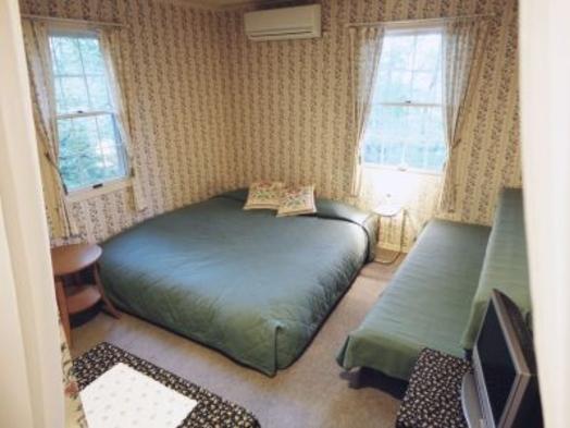 【夏秋旅セール】巾2mキングサイズベッドにデザート盛合せ★ボブandルーシーのカップルプラン