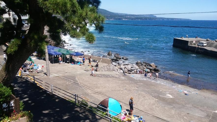 汐見荘から0分で海に行けます!