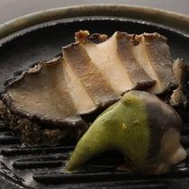 ■【追加料理】活あわびステーキ