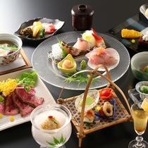 【夏の懐石】地のもの旬のものを用い、食材の持ち味を活かし涼やかに仕立てた料理をお愉しみいただきます