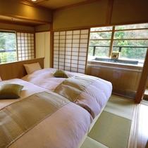 【聚楽第】露天風呂付き和室(本間12畳+次の間8畳ベッド付き)