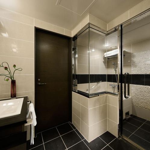 ジュニアスイートのバスルーム