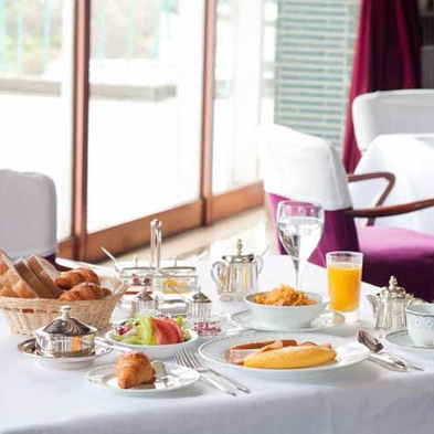 【秋冬旅セール】クラシックホテルで過ごす人気の朝食付き