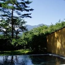 ■森の露天風呂