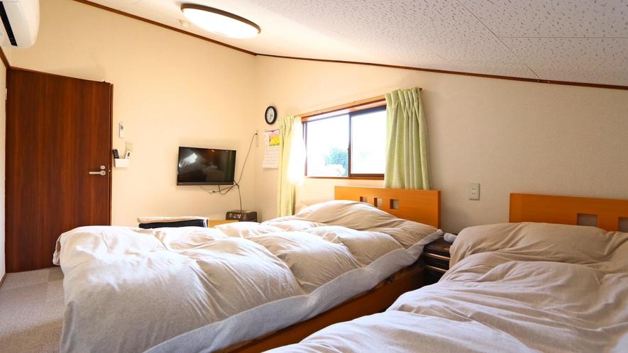 【おまかせ洋室】ツインルームタイプ②※お部屋によって形は異なります。