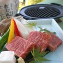追加料理:飛騨牛のコン炉焼き