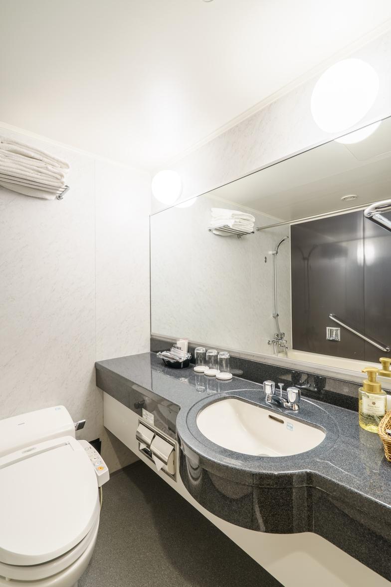 ≪街側≫ソファ付ツイン/バスルーム