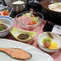 朝からしっかり派におすすめ★10品目の朝食膳