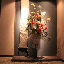 エレベーター前のオブジェ