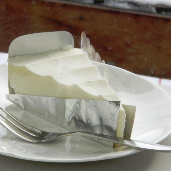 レストハウス_チーズケーキ