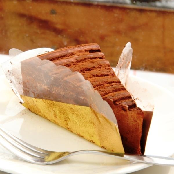 レストハウス_チョコレートケーキ