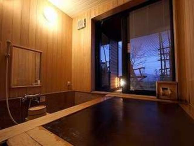 ヒノキの貸切風呂②