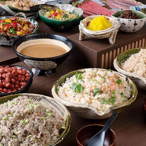 和食風♪朝食バイキング(炊き込みご飯)